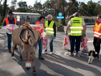 Traits en Savoie - journée propreté Excenevex